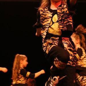 Tancerze 5